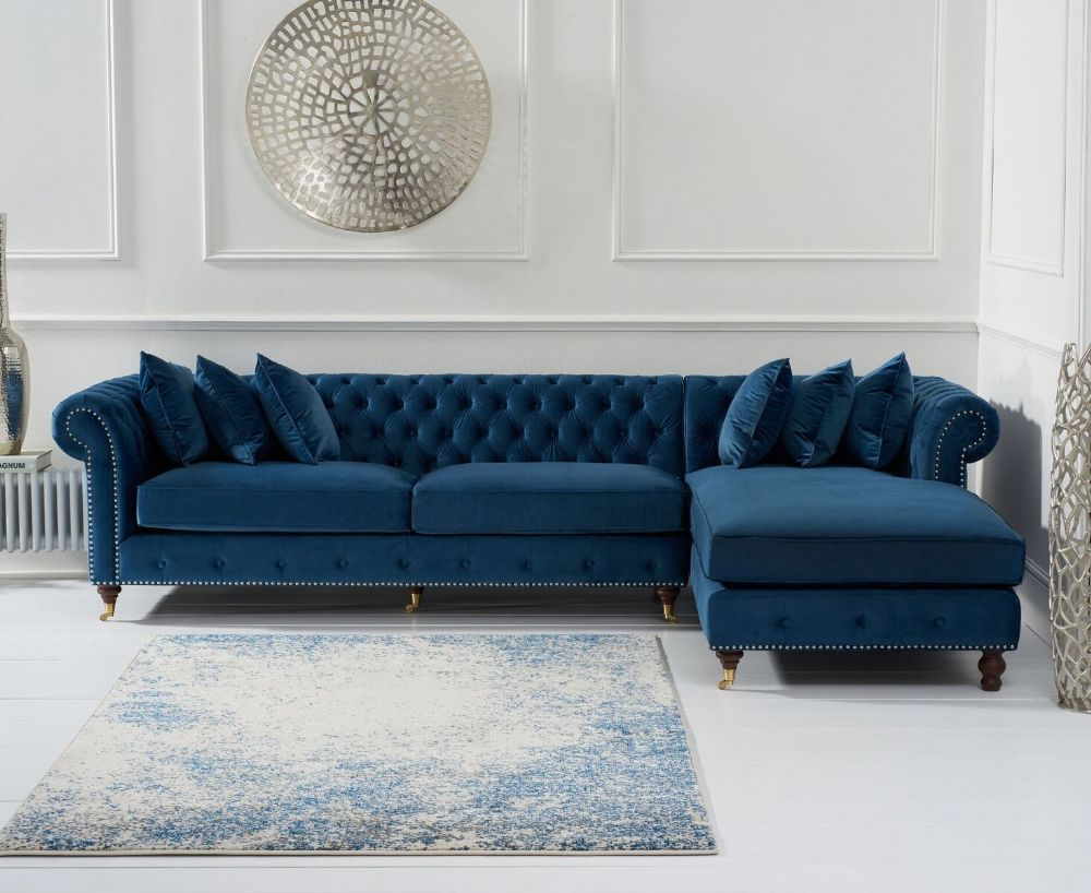 Chic And Practical The Flora Blue Velvet Right Facing Chesterfield Chaise Sofa Brings Comfort Green Sofa Living Room Green Sofa Living Corner Sofa Living Room