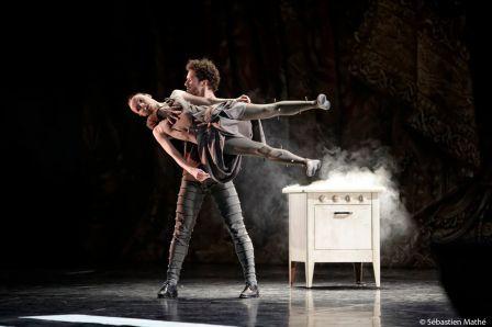 Mats Ek The Apartment Opera Garnier Paris 2012 04 03