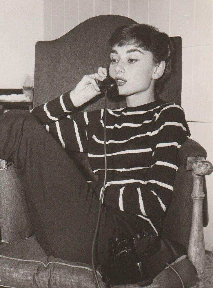 58b13ecbf59 Audrey Hepburn - telephone | 60s icon | Audrey Style | Audrey ...
