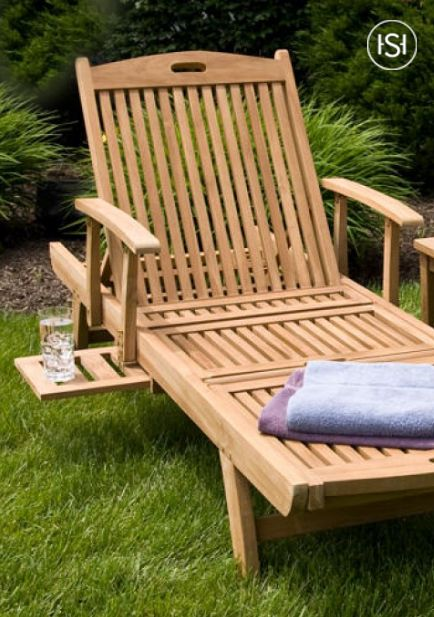 Incroyable The Teak Chaise Lounge Chair Has Wheels To Easily Move To The Perfect  Poolside Spot. The Slide Out Tray Allows You To Keep Drinks And Sunscreen  Close At ...