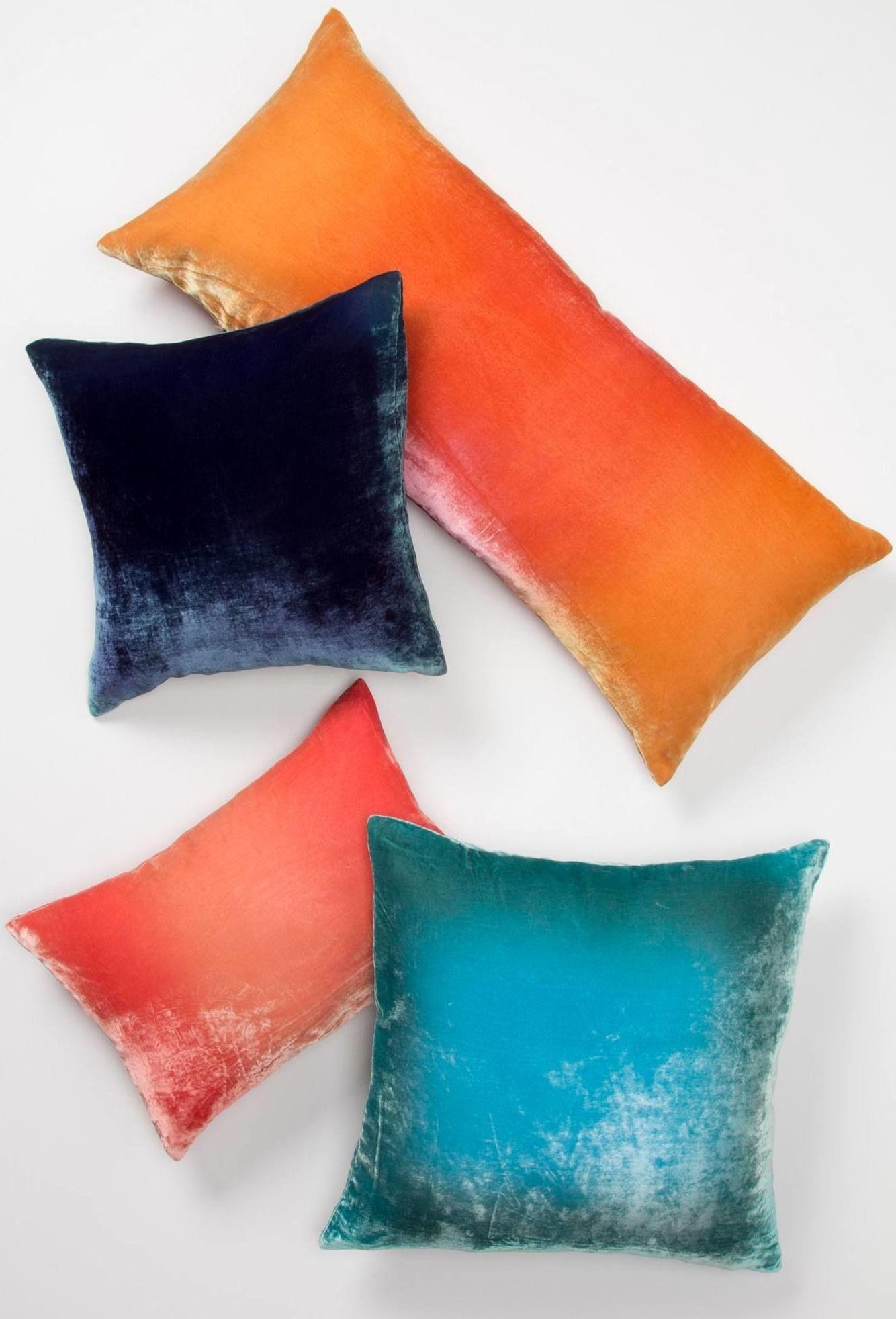 Ombre Velvet Pillow #yesplease   Color   Pinterest   Dulce hogar ...