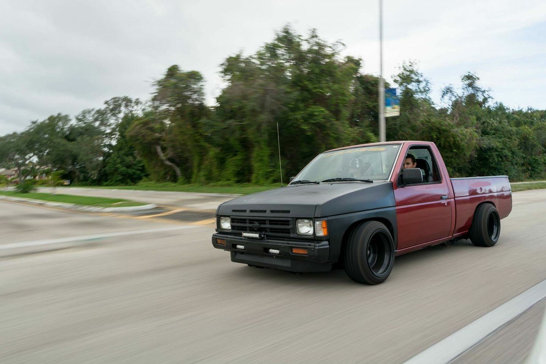 nissan_d21 minitruck pickup singlecab modified lowered slammed stance
