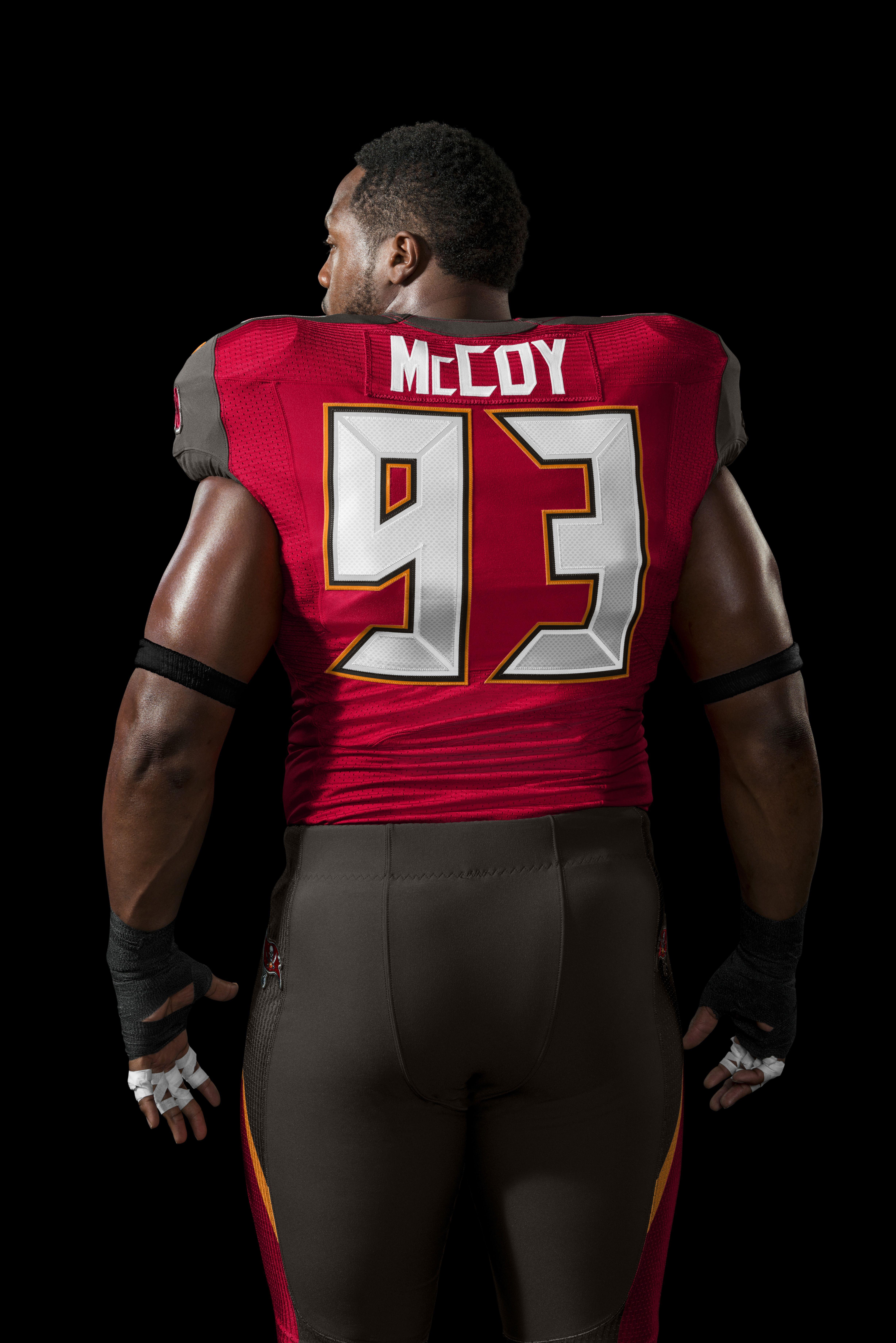 e8c6d3d68 Gerald McCoy in the new-look  Bucs uniform (2014)