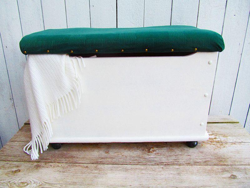 Truhe Schlafzimmer ~ Vintage truhen truhe im shabby chic ein designerstück von