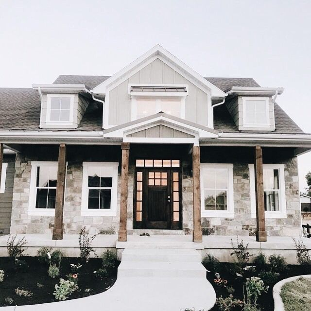 This Is A Great Way I Can See My House On The Outside And It Also Looks Good Because I Wa Dream House Exterior Modern Farmhouse Exterior House Designs Exterior