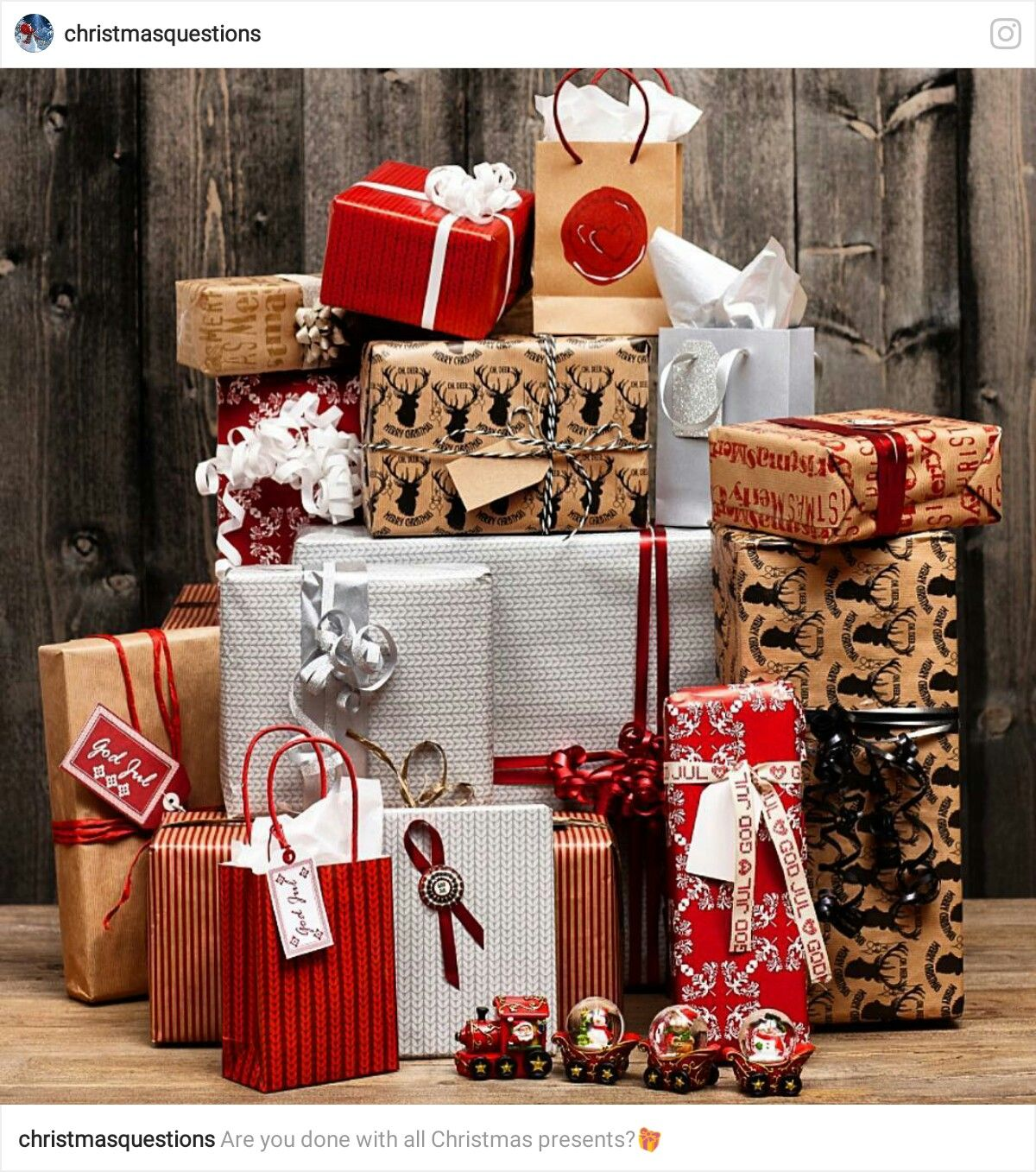 Pin By Yonnie Smith On It S A Wrap Christmas Christmas Presents Gift Wrapping