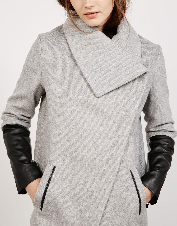 Abrigo mangas efecto piel - Bershka  bee6cea4b1e