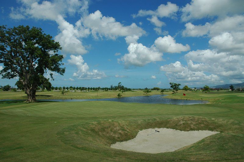 Golf course holiday inn express hotel suites trincity