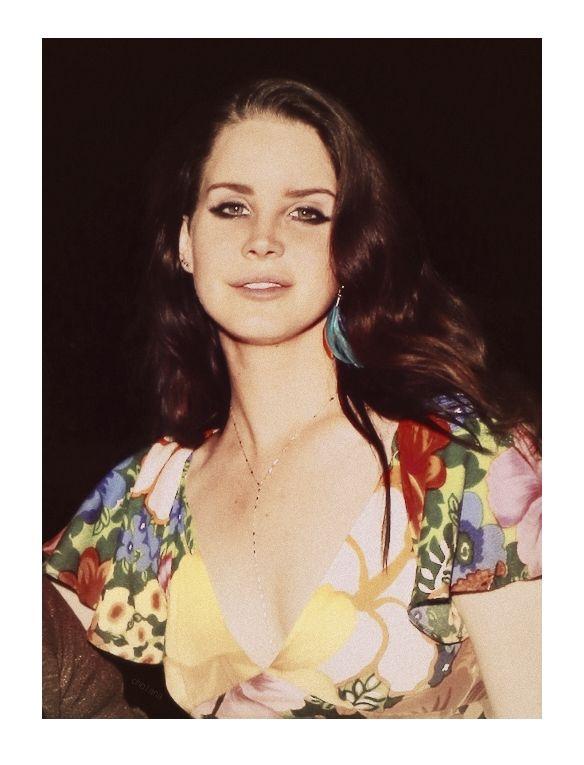Lana Del Rey at Coachella 2014 (2nd show)  #LDR
