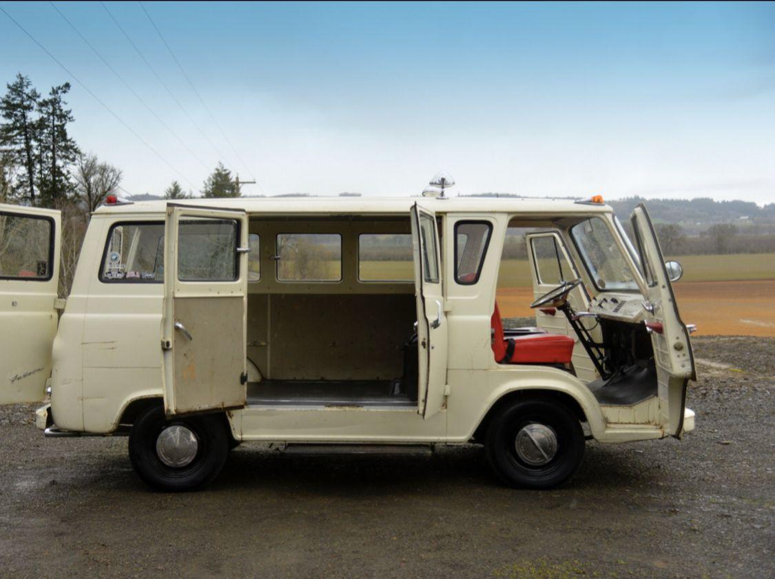 Pin By Petrina Knightski On Ford Econoline Falcon Van Vintage Vans Panel Truck Custom Vans