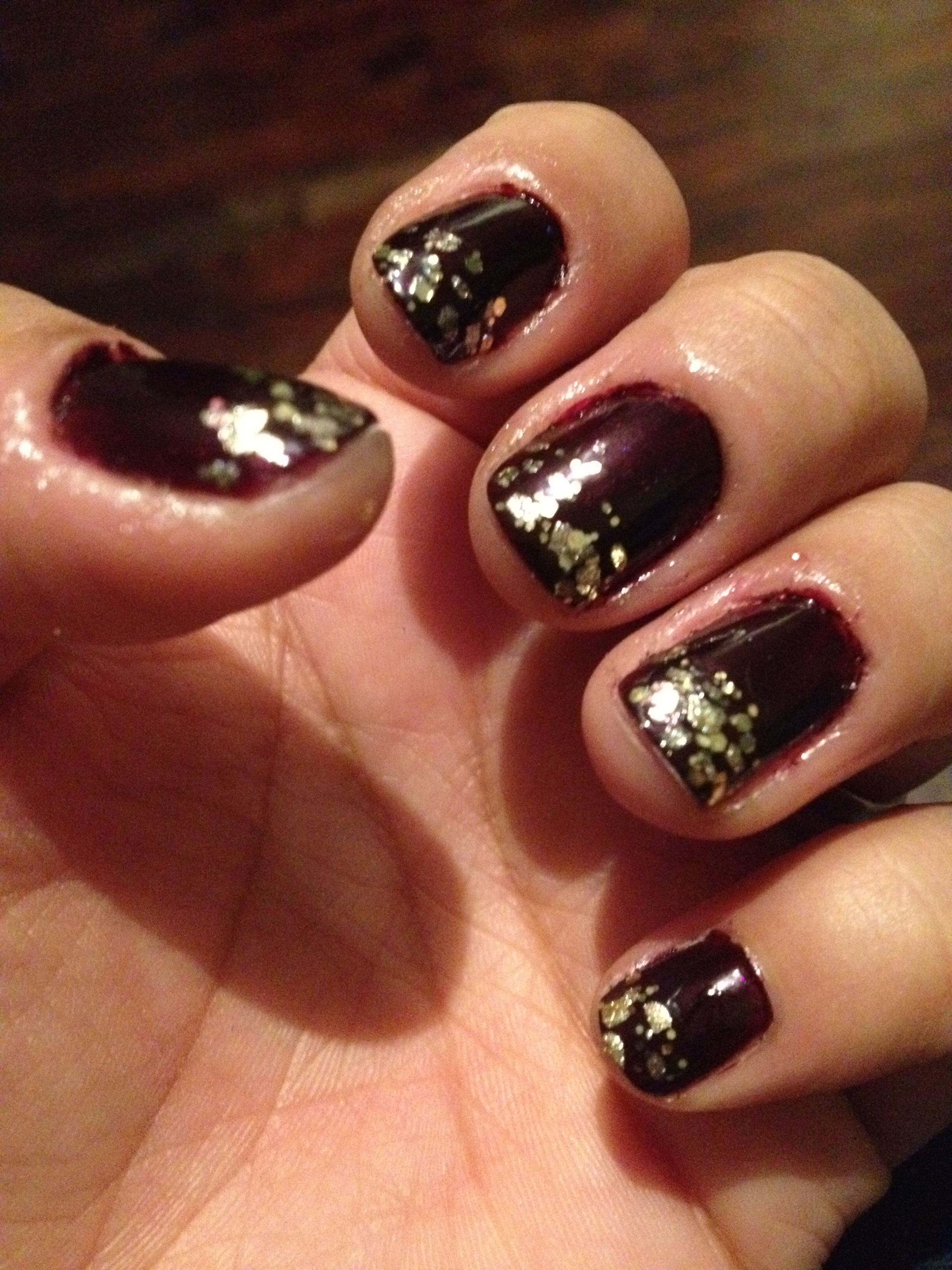Wine Colored Nails W Gold Tips Nail Colors Nails Gold Tips