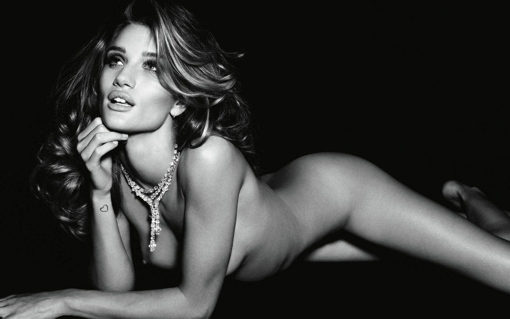 Model Victoria's Secret Paling Cantik dan Seksi