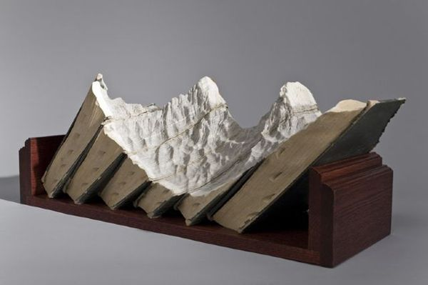 Mountain sculptures from discarded books: carving into the discarded