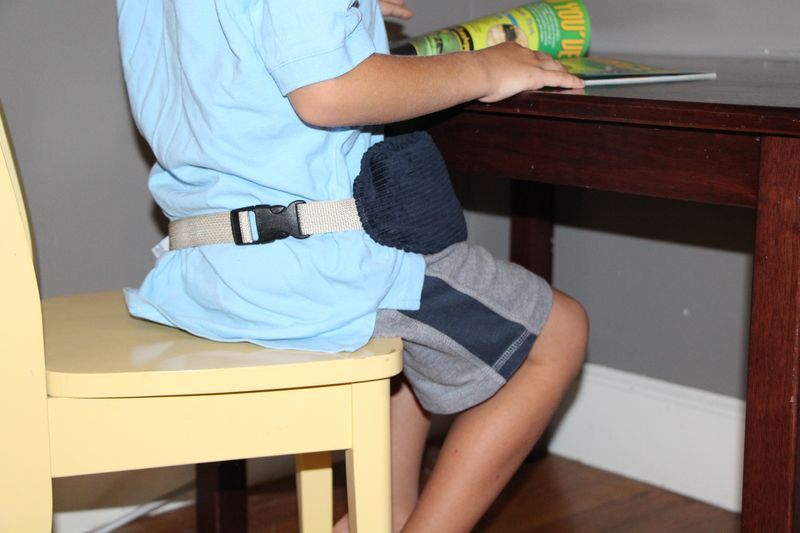 Sommerfly's Sit Tight waist strap helps the Sit Tight weighted lap pad stay where is needs to be to help with focus and calm.