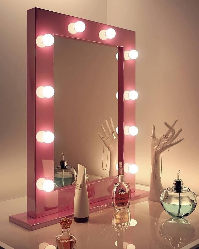 Pin De Dycie Ramey En Bathroom En 2019 Makeup Vanity