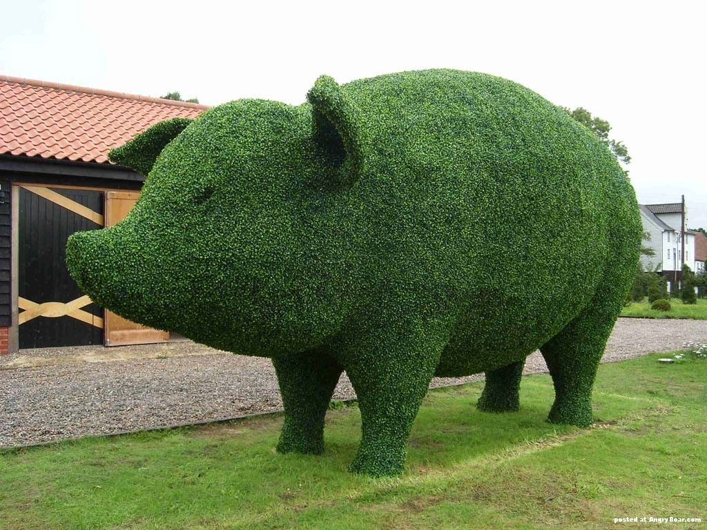 The Advantages Of Using Artificial Topiary Trees