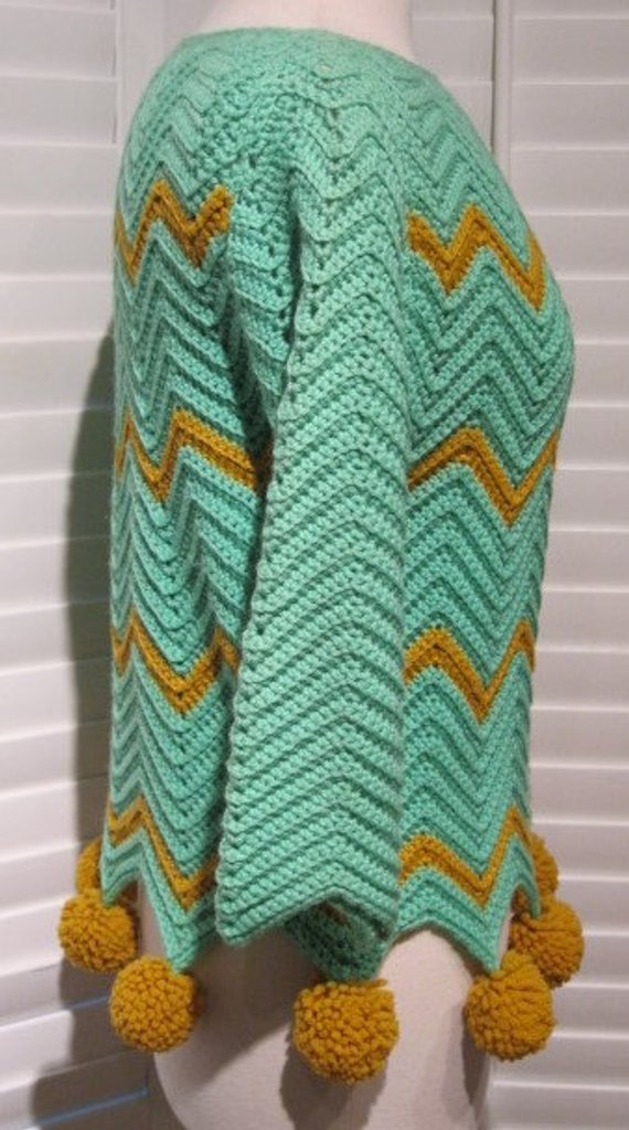 Vintage 1960s-1970s Mint Green and Mustard Yellow Handmade ...