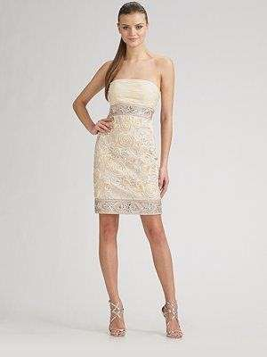 vestido de novia para una boda civil en color marfil | vestidos de