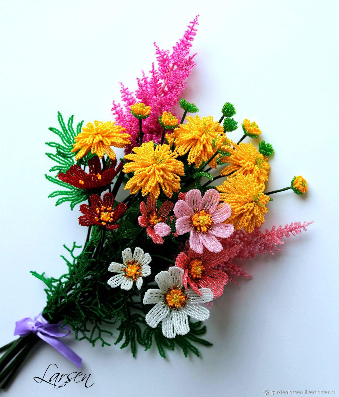 цветы из бисера композиции и букеты фото данное время занимает