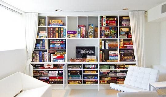 10 Game Rooms That Play Nice | Board game room, Game room family
