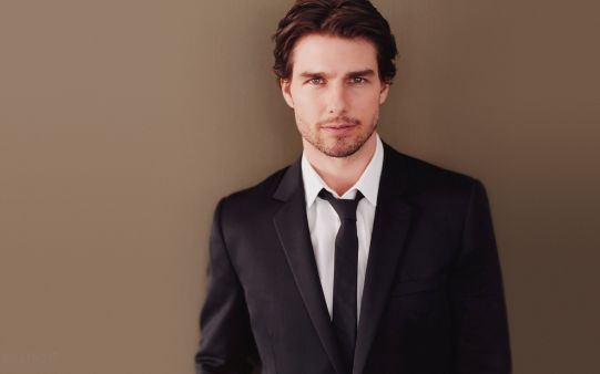 A beautiful picture of Handsome Tom Cruise  downloaded from http://alliswall.com