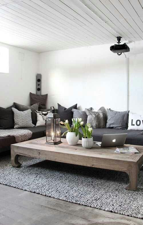 Wunderbar In Einem Wohnzimmer Im Landhausstil Herrschen Die Wärme Und Gemütlichkeit.  Es Gibt Mehrere Stilrichtungen Zu Berücksichtigen   Französischer  Landhausstil,