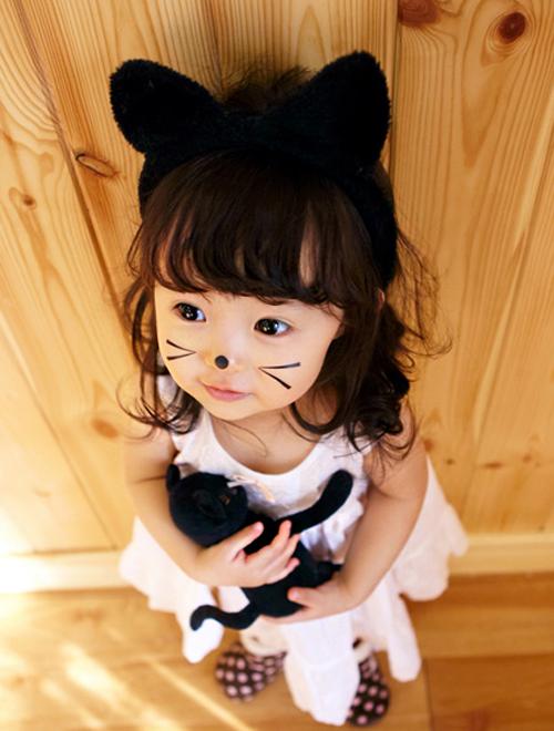 Resultado de imagen para asian baby  girl loving neko