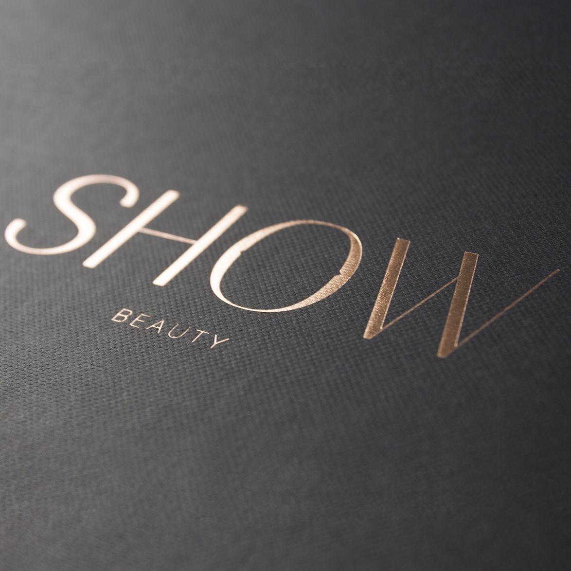 les 25 meilleures id es de la cat gorie logo de luxe sur pinterest image de marque de luxe. Black Bedroom Furniture Sets. Home Design Ideas