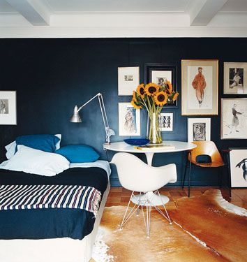Decorating Ideas for Renters by Domino, posted by Apartment Therapy Oct. 29, 2008 (link to Domino no longer available)