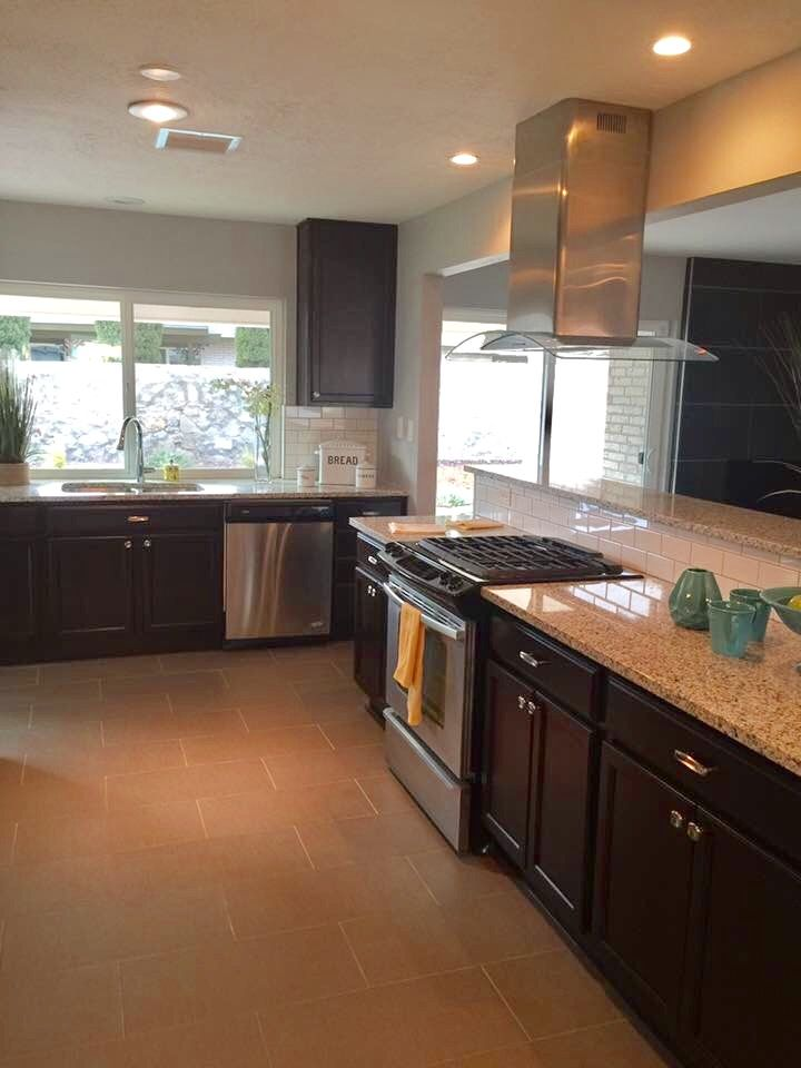 Pin By Kwxwax On El Paso Tx With Images Kitchen Cabinets