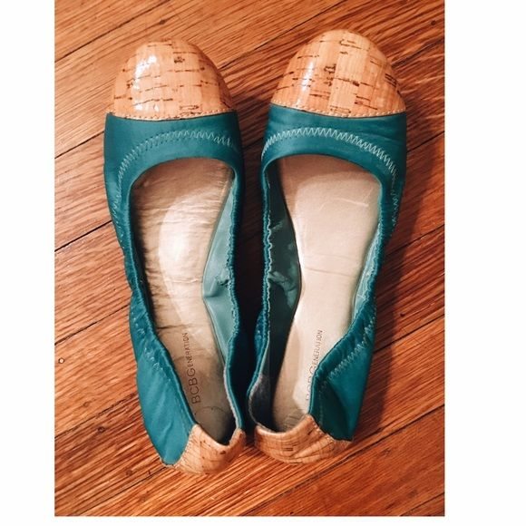 BCBGeneration cork ballet flat These adorable kicks are the perfect flat! They are soooo cute and go with really anything you want them too! You'll get compliments wherever you go✌️ BCBGeneration Shoes Flats & Loafers