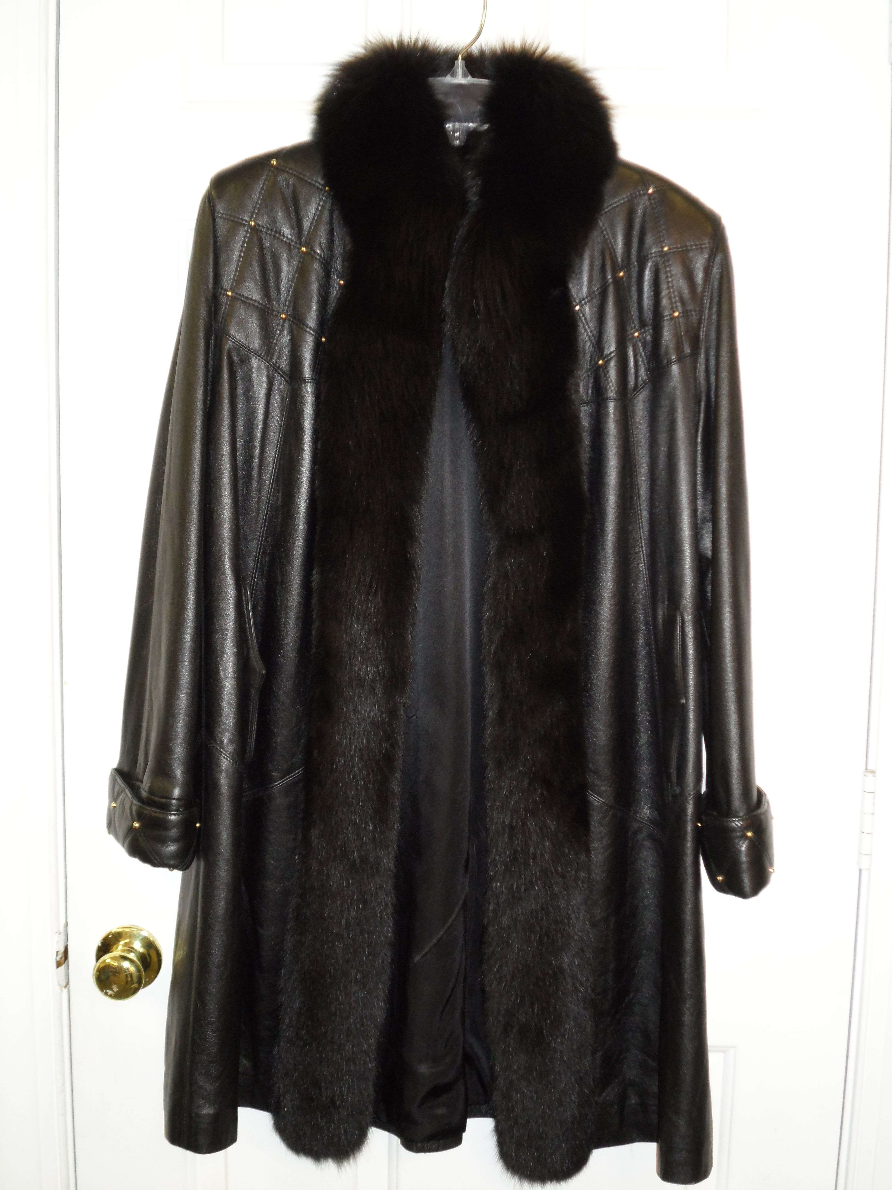 Another great car coat with fur trim. So chic for the winter.