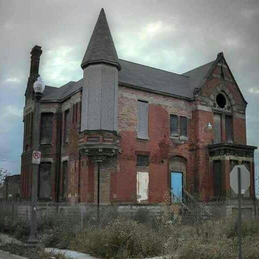 Abandoned Mansion In Dayton Ohio Abandoned Ohio Abandoned Places Mansions