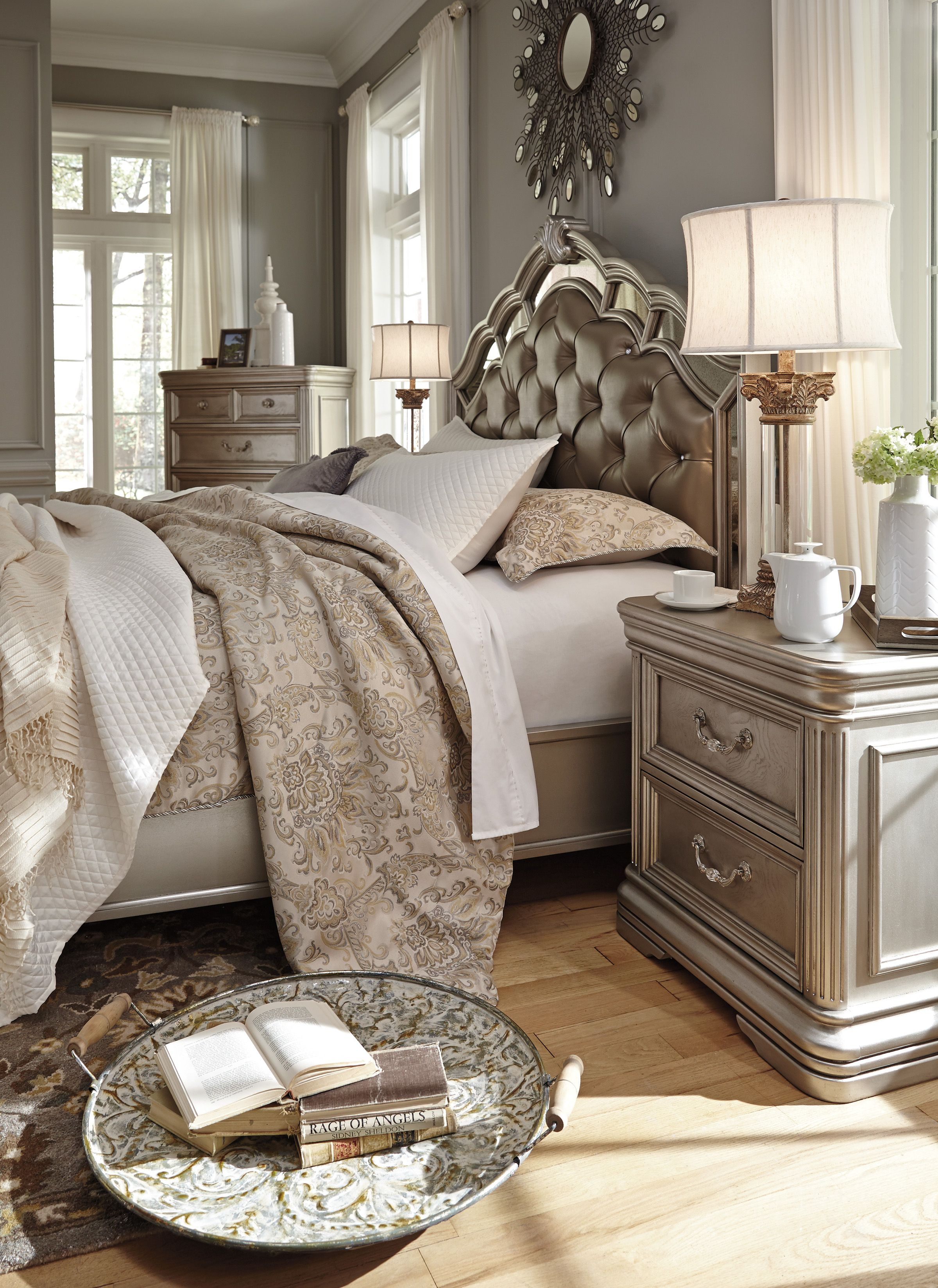 Once Of The Birlanny Bedroom Set
