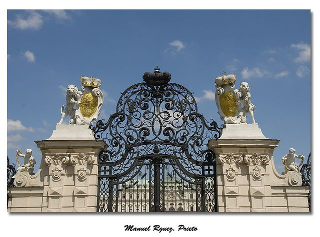 Puerta del Palacio Belvedere - Viena   Flickr: Intercambio de fotos
