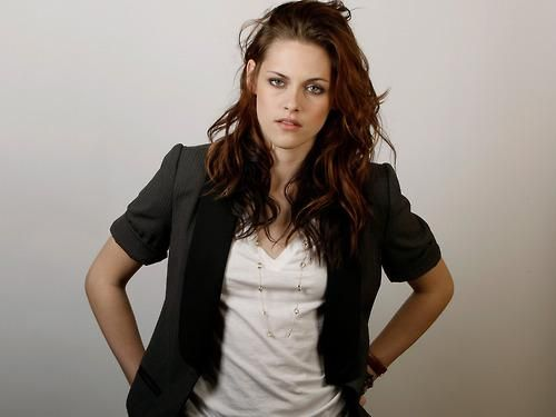 Kristen Stewart-love the messy hair look
