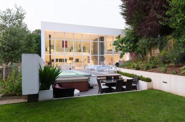 Bon Grand Designs: Bristol Modernist House
