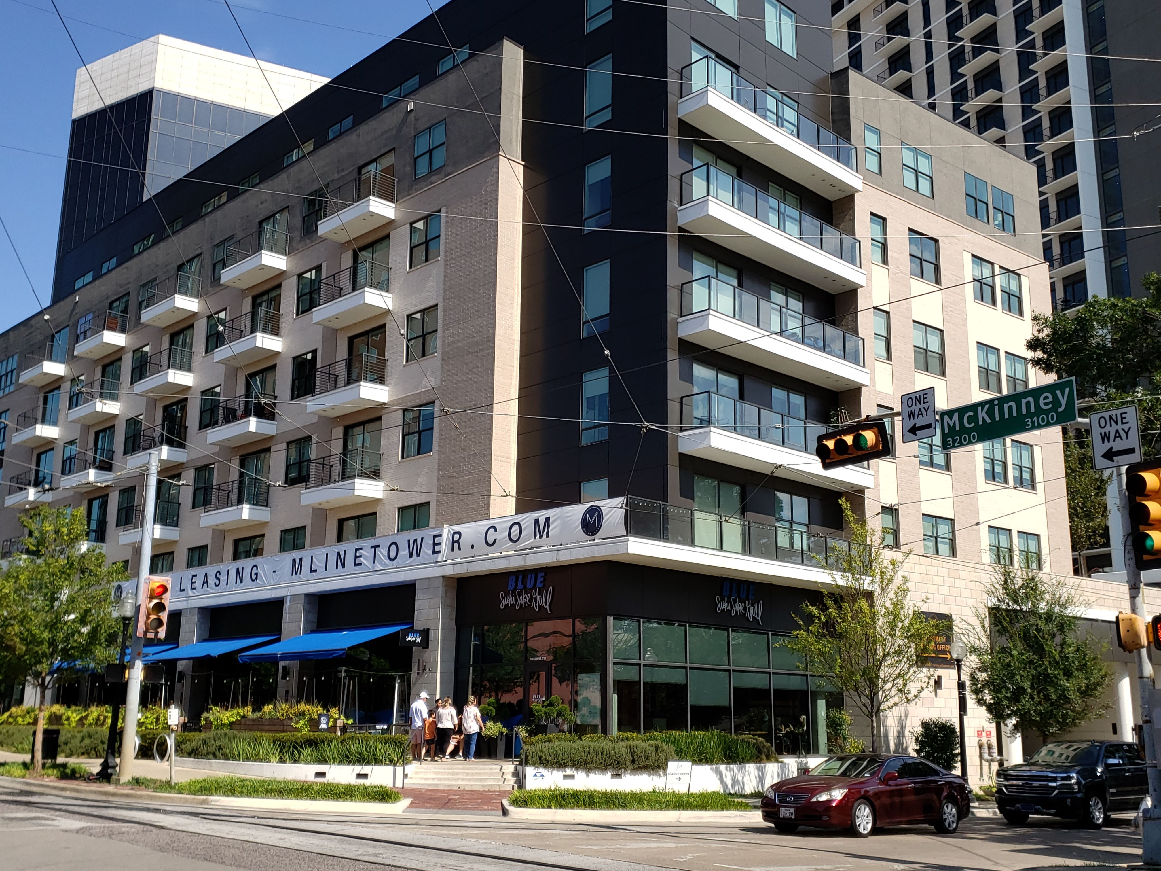 Pin On Uptown Dallas Apartments Daily Best Deal