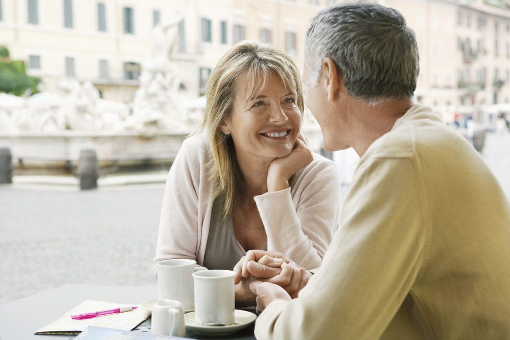 These 5 Things You should Avoid While #Dating a Senior Woman.