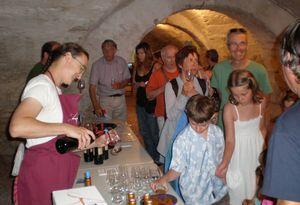 rendez-vous-bienvenue/ pot d'accueil des touristes tous les lundis d'été/chateau l'amiral