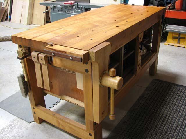 Tavolo Da Lavoro Roubo : Lake erie toolworks roubo workbench shaker style workbench leg