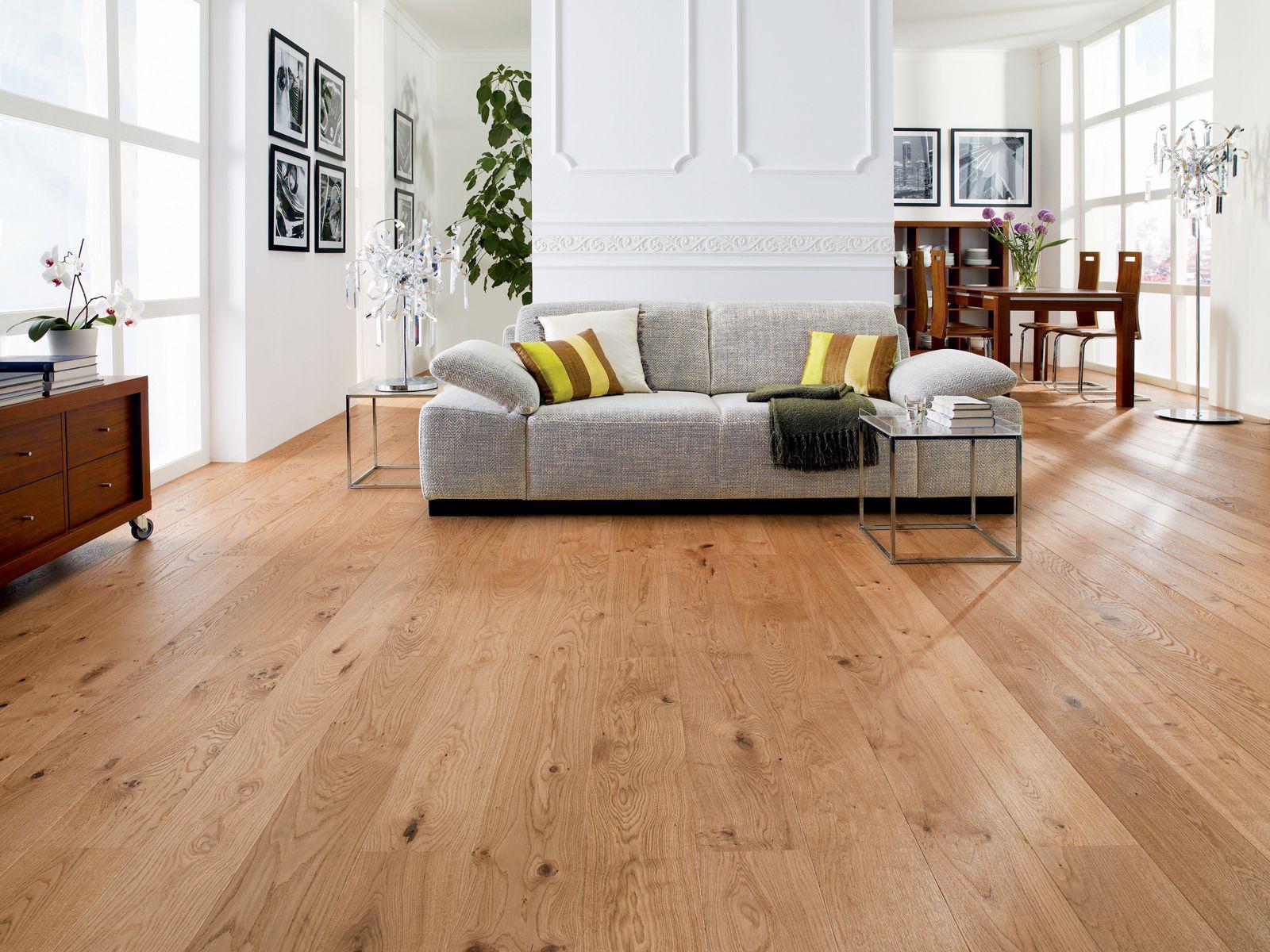 die besten 25 wohnwand eiche ideen auf pinterest wohnwand weiss die eiche und holzdielen. Black Bedroom Furniture Sets. Home Design Ideas