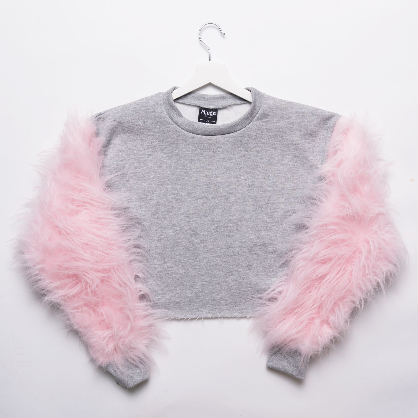 Grey/pink fur crop sweater | Cropped jumpers, Fur and Local hero