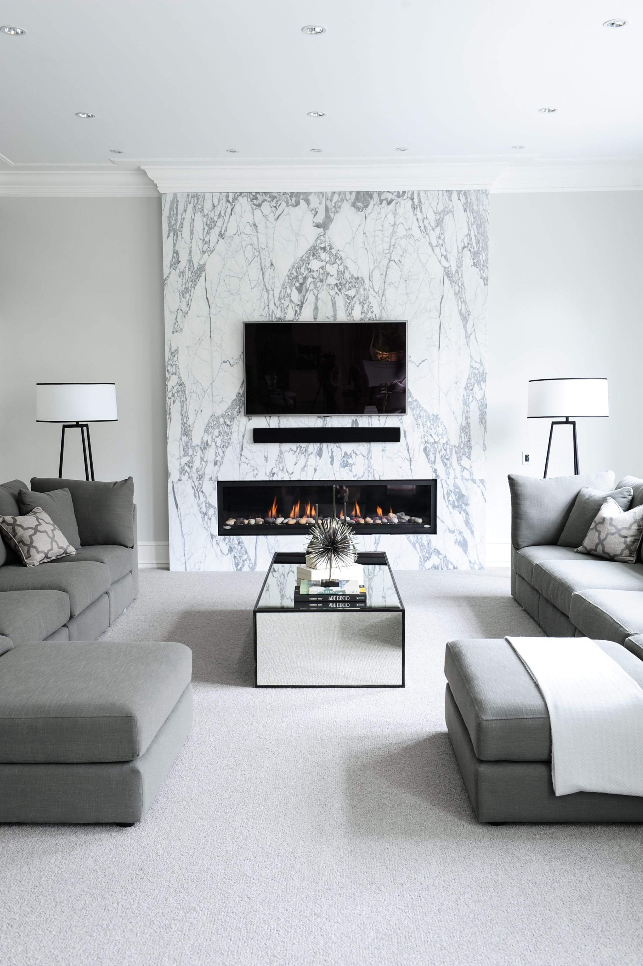Family room designed by enviable designs leisurely living rooms