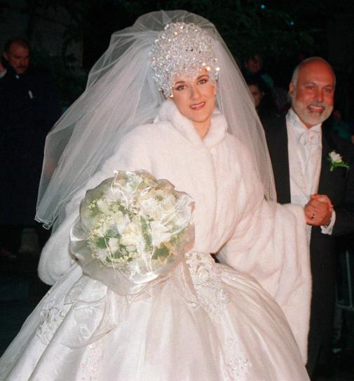 Celine Dion Abito Da Sposa E Copricapo Diamantato Da Vera Diva Famous Wedding Dresses Celebrity Wedding Dresses Celine Dion Wedding