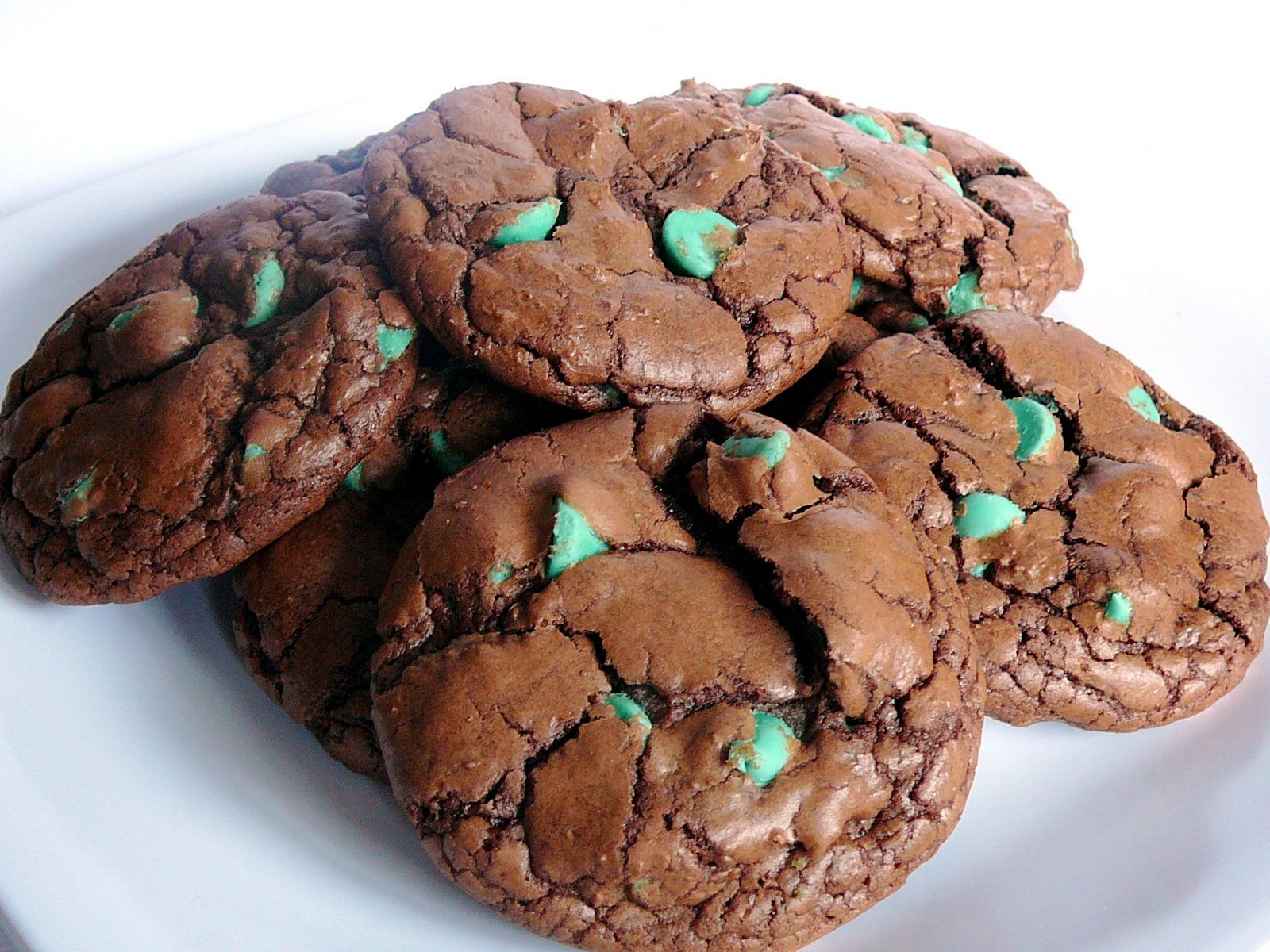 mint chocolate chip polka dot cookies | Food. | Pinterest