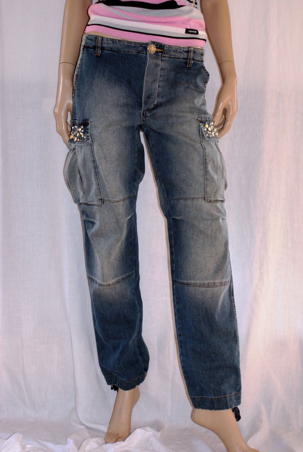 e3c61fac59 Gorgeous Vintage Cargo Jeans Denny Rose Strass Adorned Perfect Condition  Size S Donna Cargo Jeans Taglia S Con Strass Perfette Condizioni di  BeHappieWorld ...