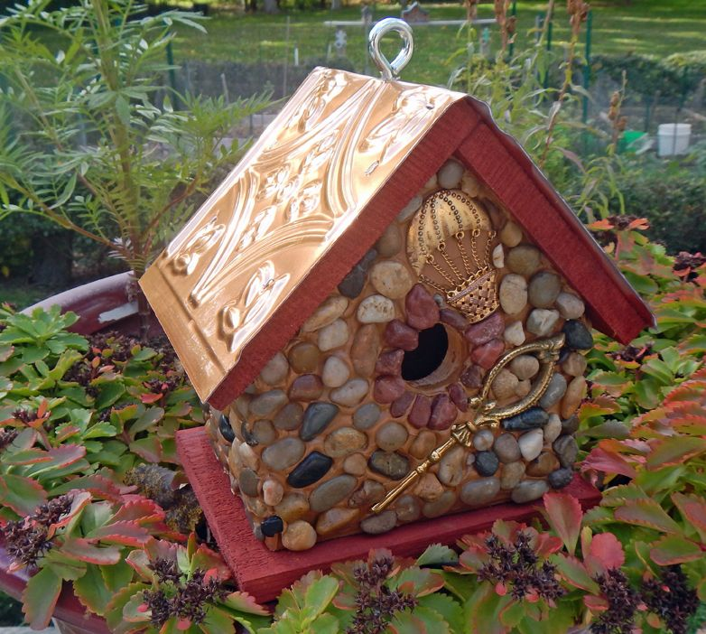 Cedar birdhouse with stones and river rock collected from ...