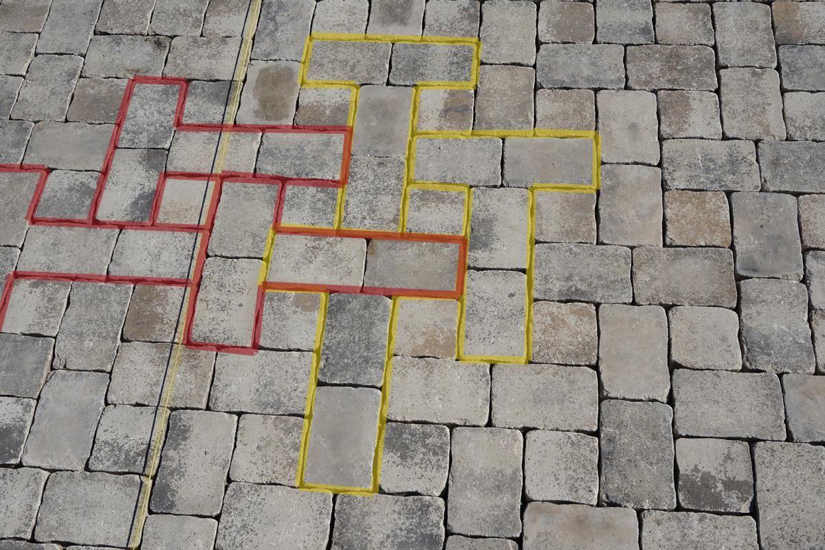 Gartenplatz Pflastern Anleitung Tipps Diybook At Pflastern Anleitung Gartenweg Pflastern Gartenwerkzeug