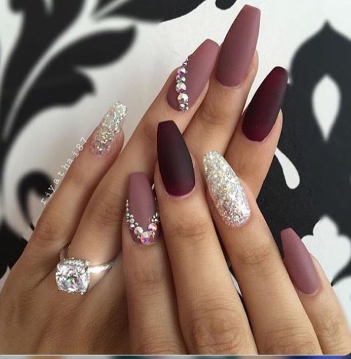 Pin by jasmin perez on nails pinterest make up nail nail and love the shape here are nails done in various shades of purple a special seal leaves the glitter gel on one nail of both hands prinsesfo Gallery